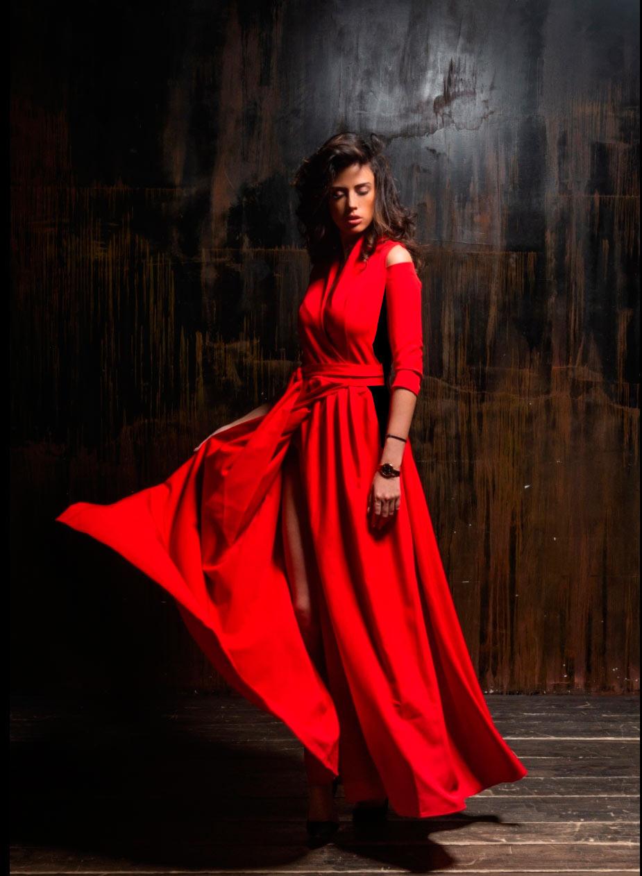 в книжном магазине Фолиант дают советы и по стилю в одежде как изменить силуэт яркие платья и геометрия